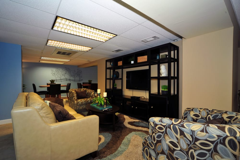 Model living room at Montgomery Arms Apartments