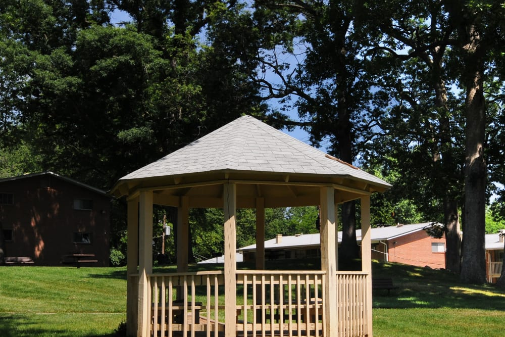 Fireside Park Apartments gazebo
