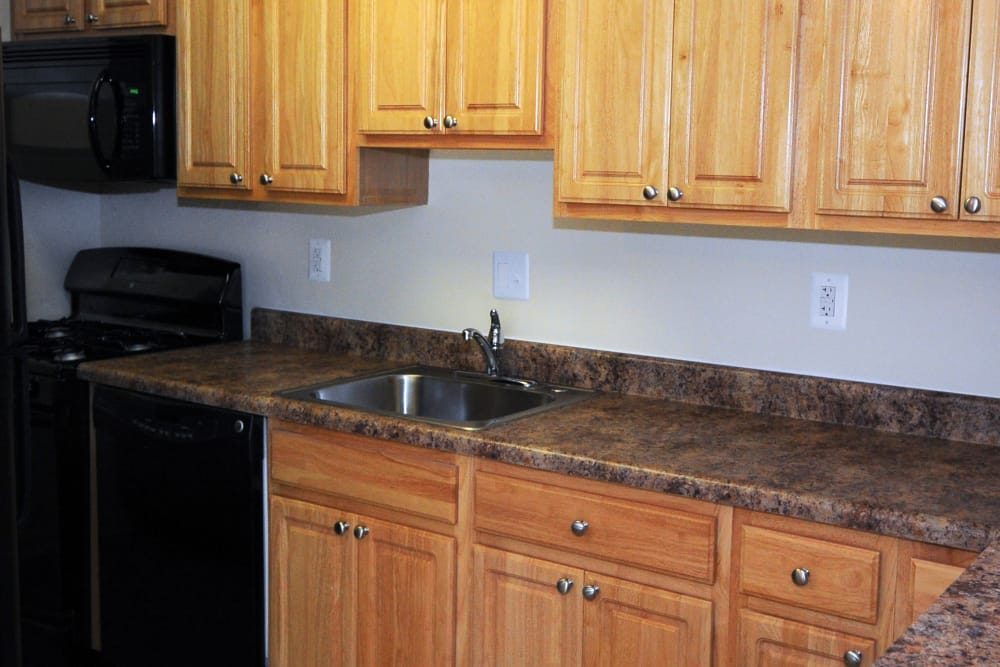 Open kitchen at Fireside Park Apartments