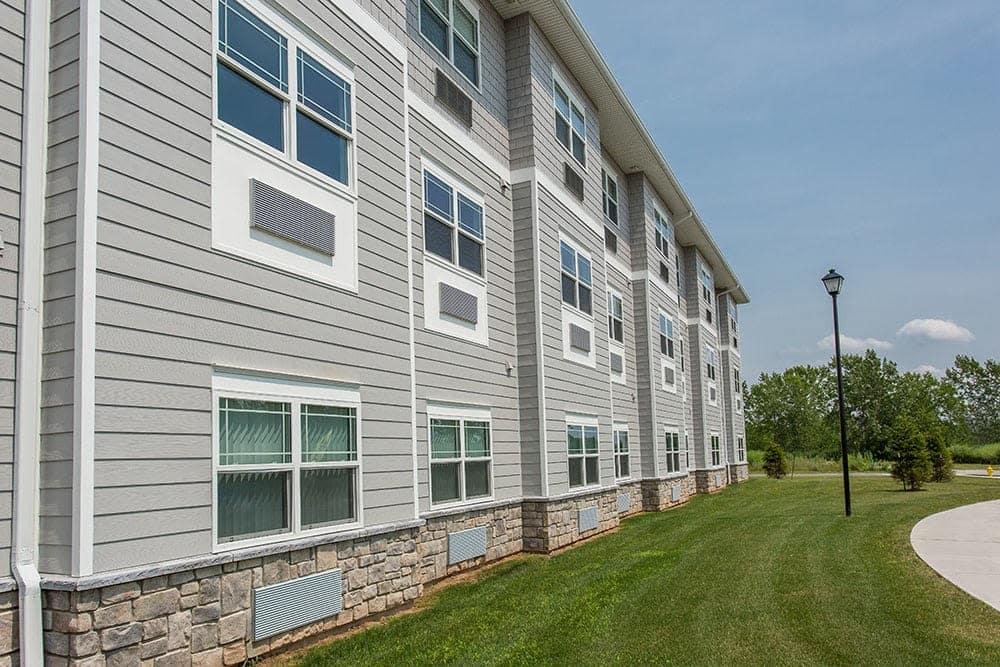 Villa Capri Senior Apartments offers luxury apartments for rent in Rochester