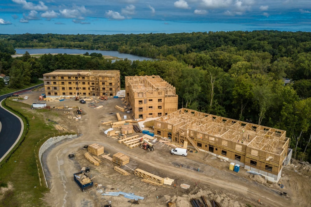 Luxury apartments for rent at Ellison Heights Apartments in Rochester