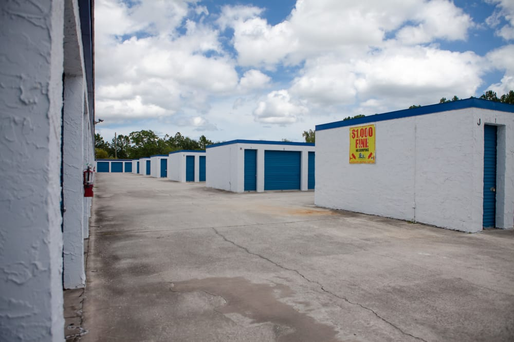 Atlantic Self Storage offers wide driveways