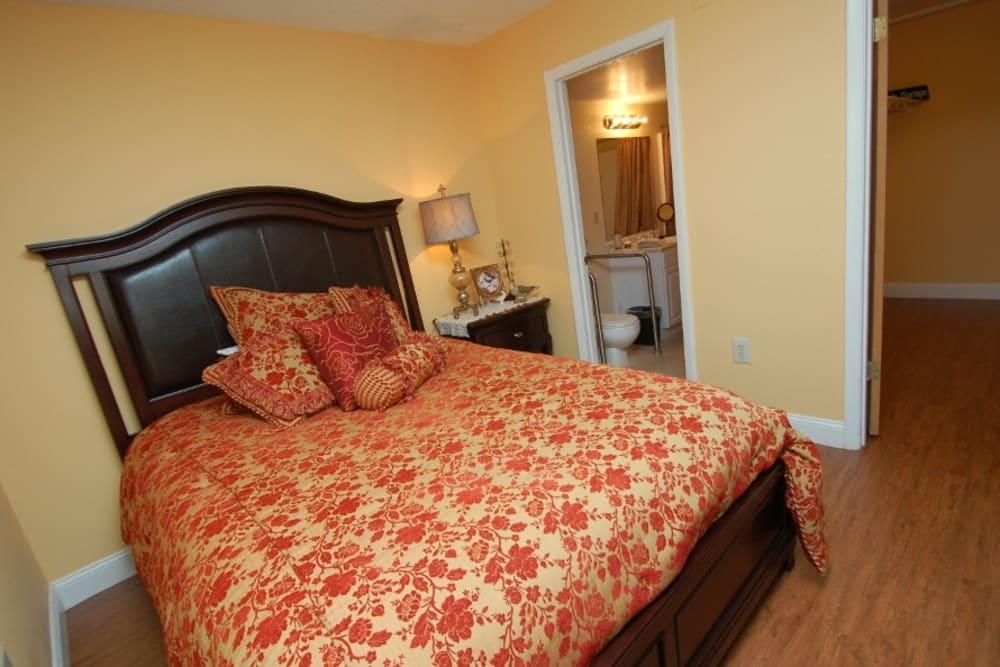 Bedroom model at Grand Villa of Altamonte Springs in Florida
