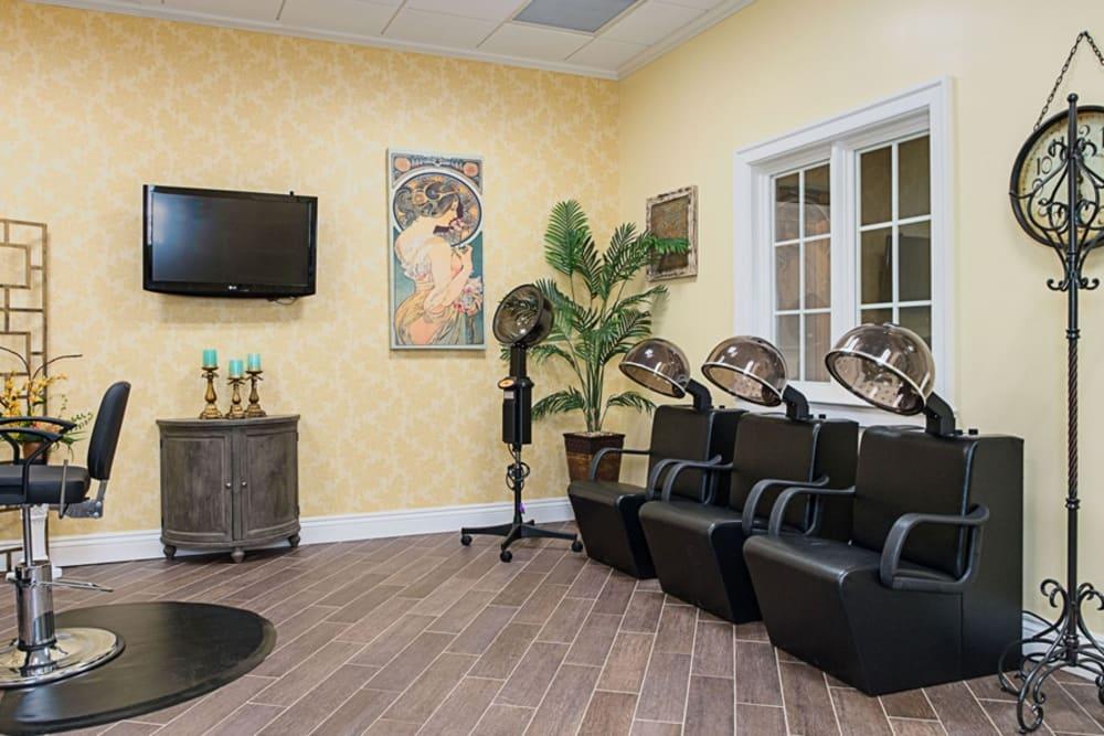 Salon at Grand Villa of DeLand in Florida