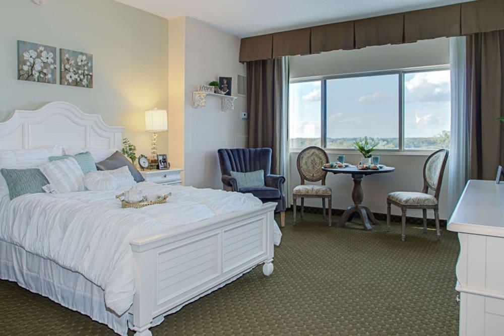 Bedroom model at Grand Villa of DeLand in Florida