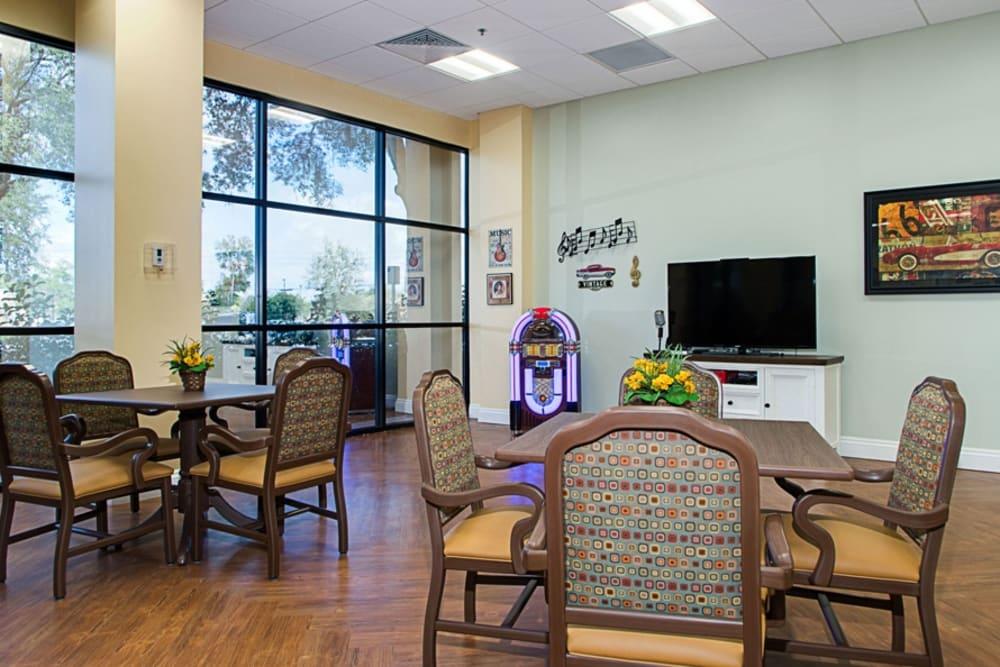 Dining hall at Grand Villa of DeLand in Florida