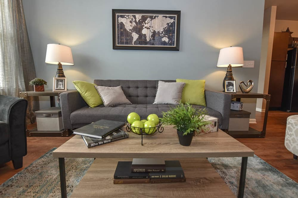 Springs at Eagle Bend offers a spacious living room in Aurora, Colorado