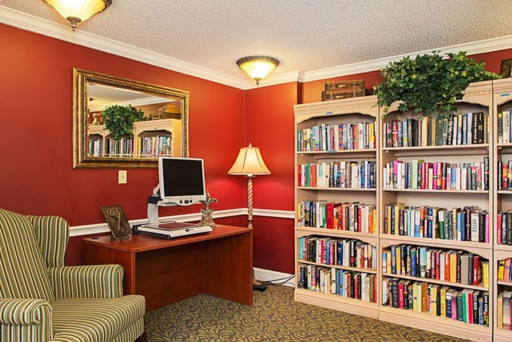 Common library at Grand Villa of Ormond Beach in Florida