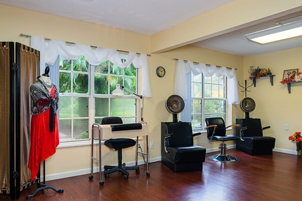Salon and barber shop at Grand Villa of Delray East in Florida