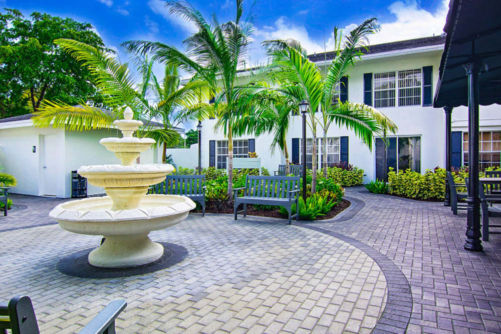 Pathway and water feature at Grand Villa of Delray East in Florida