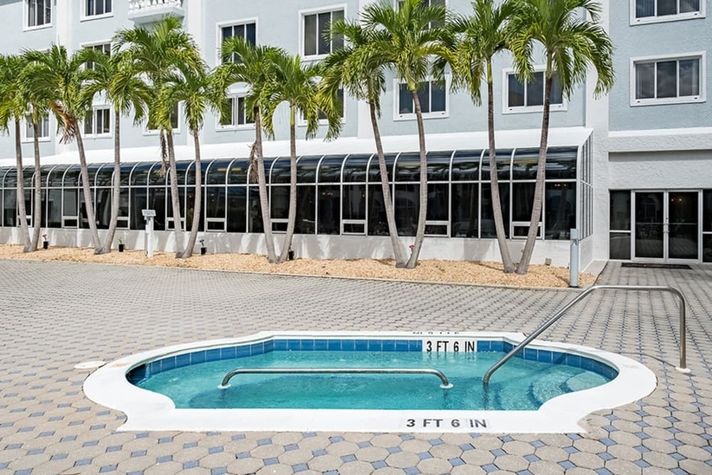 Hot tub at Grand Villa of Fort Myers in Florida