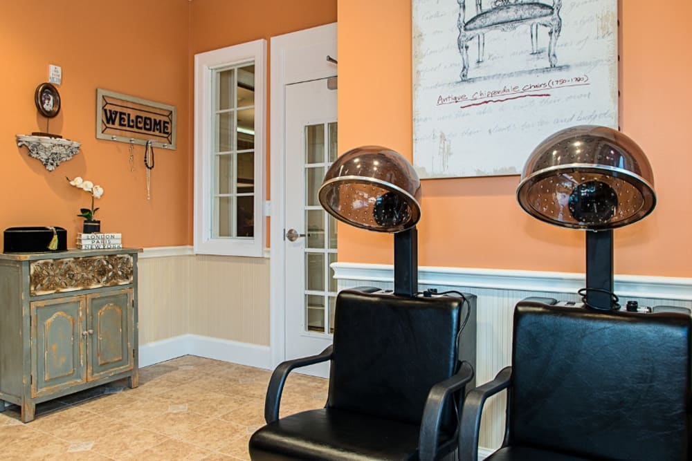 Salon at Grand Villa of Melbourne in Florida