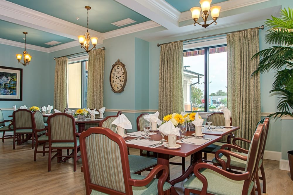 Large dining hall at Grand Villa of Melbourne in Florida