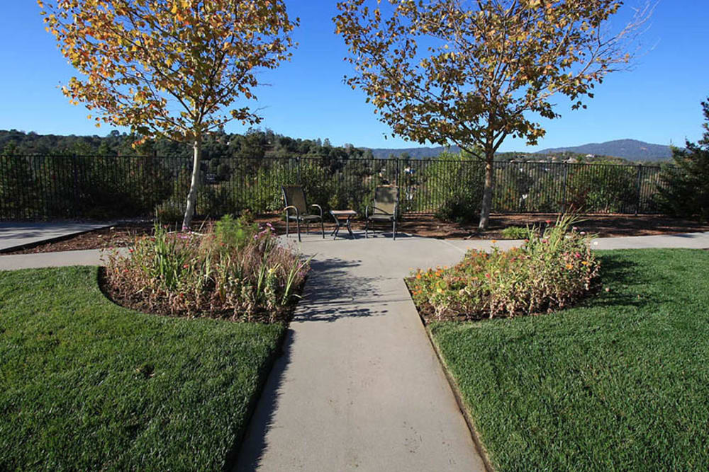 Outdoor walking area at Oak Terrace Memory Care in Soulsbyville, California