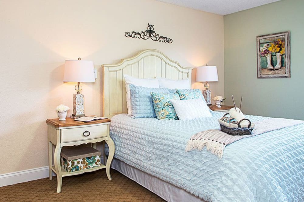 Bedroom model at Grand Villa of Lakeland in Florida