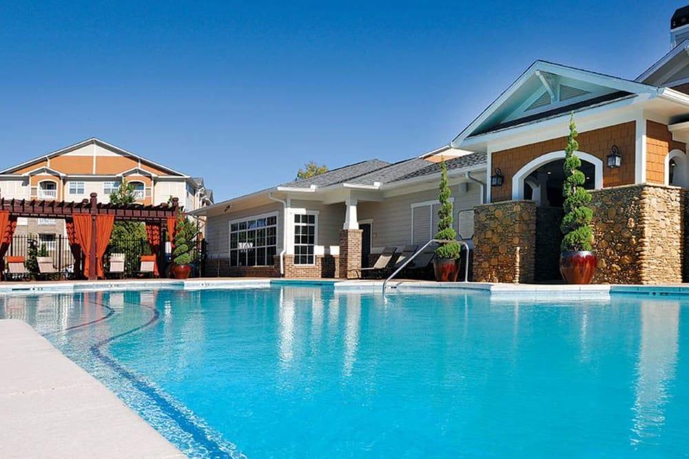 Poolside at Panther Riverside Parc Apartments in Atlanta, GA