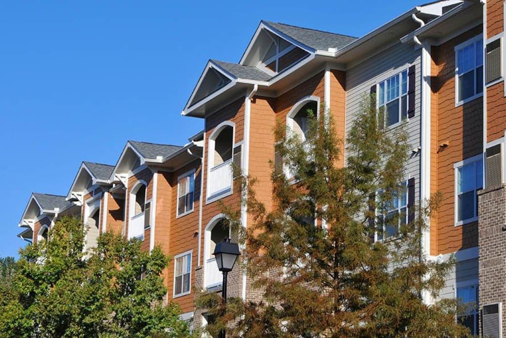 Exterior at Panther Riverside Parc Apartments in Atlanta, GA