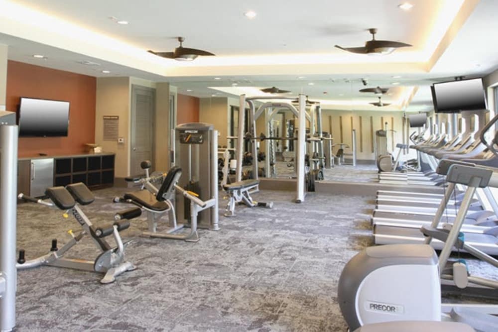 Fitness center for residents at Axis at The Rim in San Antonio, Texas