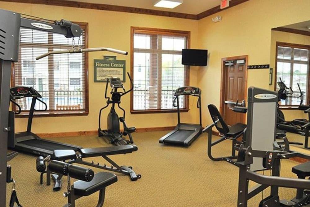 Fitness center at Huntsville Parc Apartment Homes in Huntsville, AL