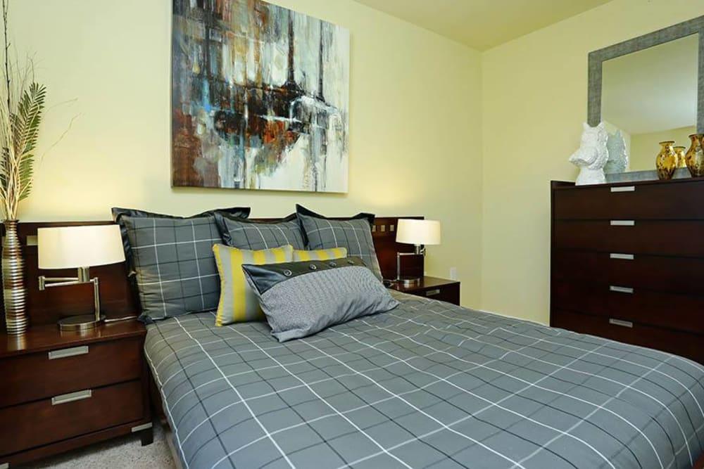 Bedroom at Huntsville Parc Apartment Homes in Huntsville, AL