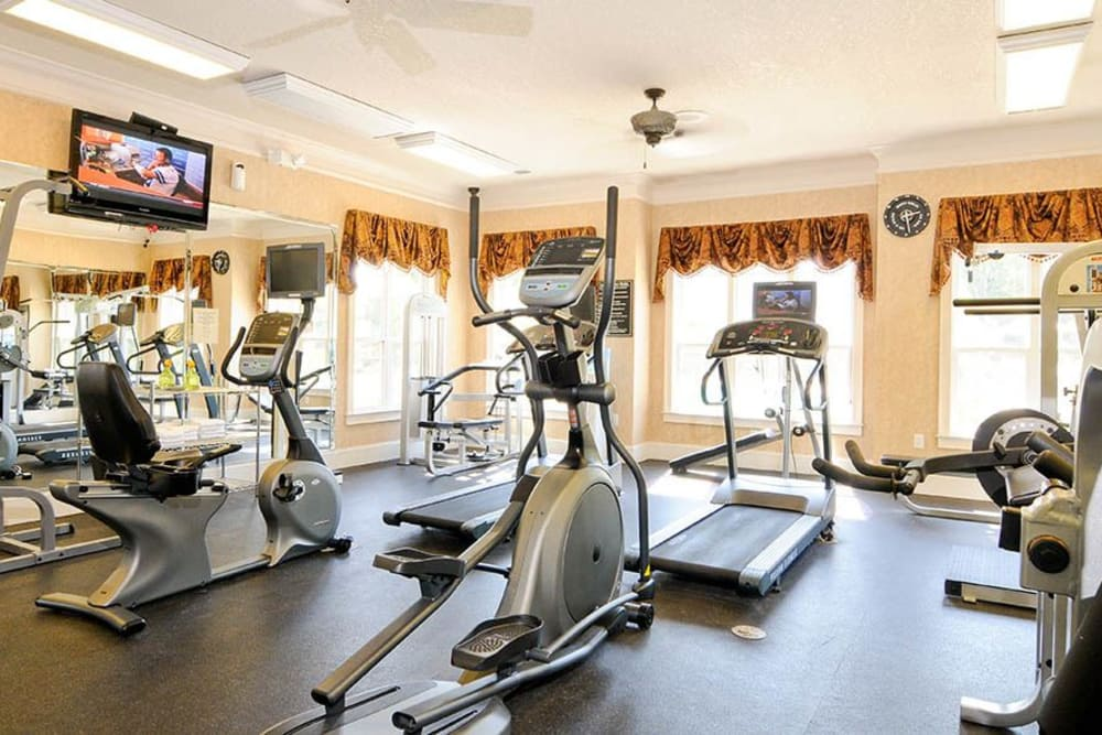 Fitness Center at Villas at Houston Levee West Apartments in Cordova, TN