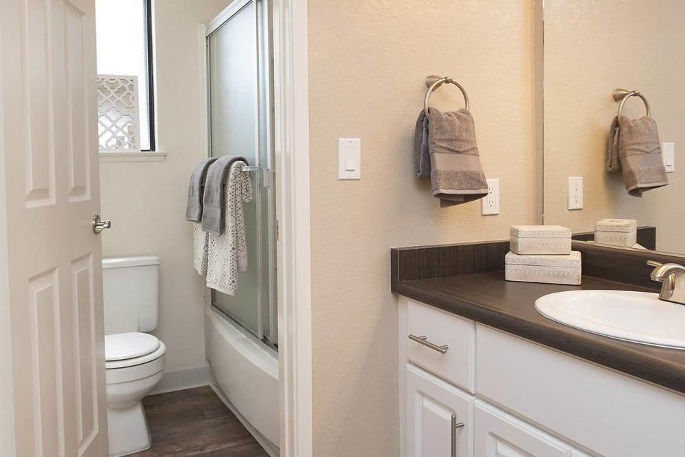 Large, spacious bathroom at Hidden Lake Condominium Rentals in Sacramento, California
