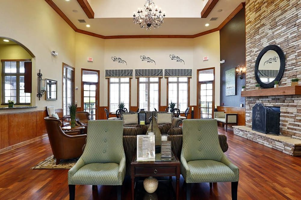 Clubhouse lobby at Panther Effingham Parc Apartments in Rincon, GA.