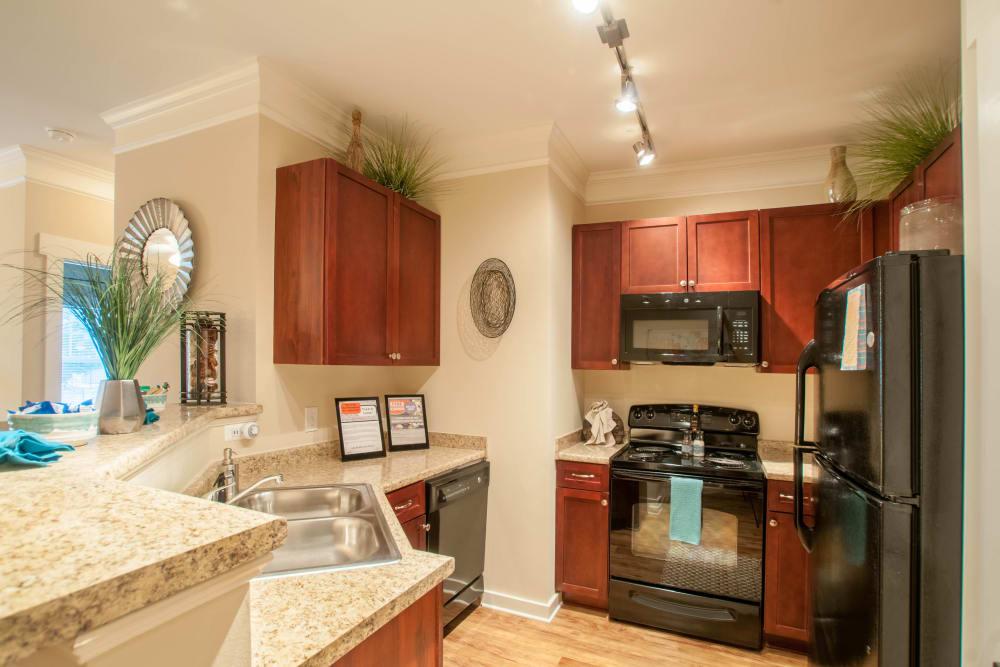 Upgraded kitchen at Panther Riverside Parc Apartments in Atlanta, GA