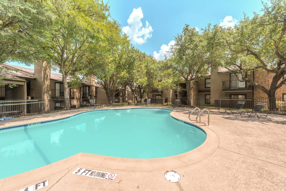 Swimming Pool at Wooded Creek