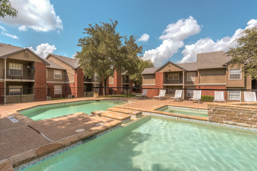 Luxurious Pool at Cedar Glen Apartments