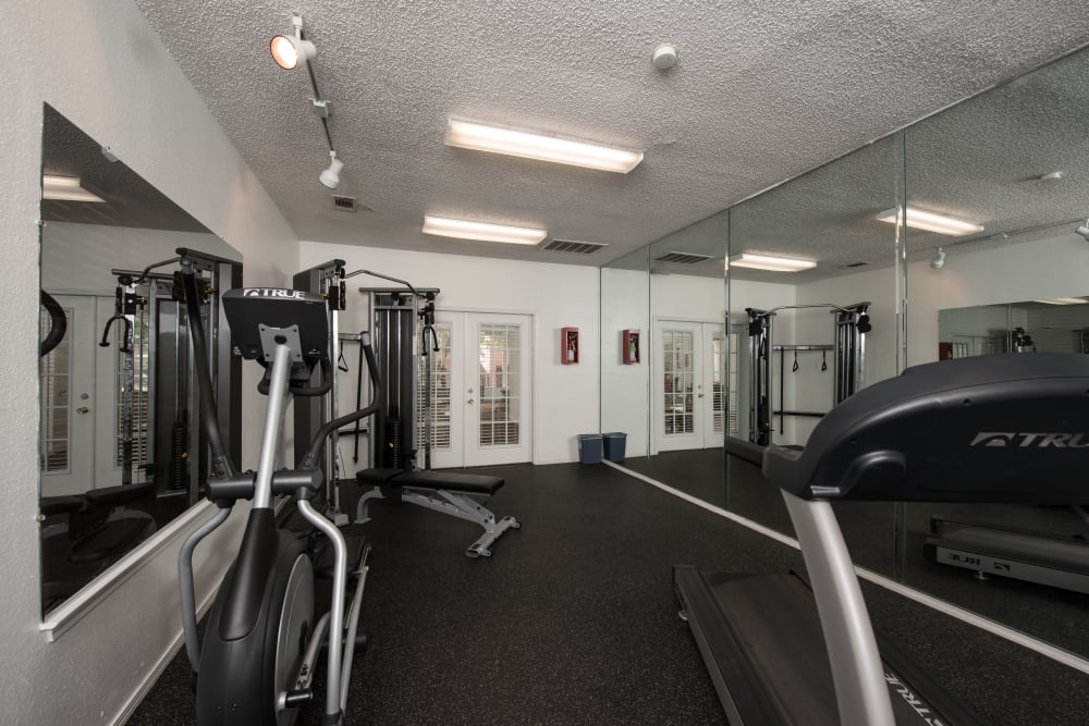 Fitness center at Cedar Glen Apartments