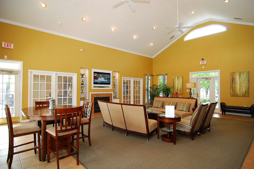 Community Clubhouse at Huntington Place Apartments in Columbia, SC