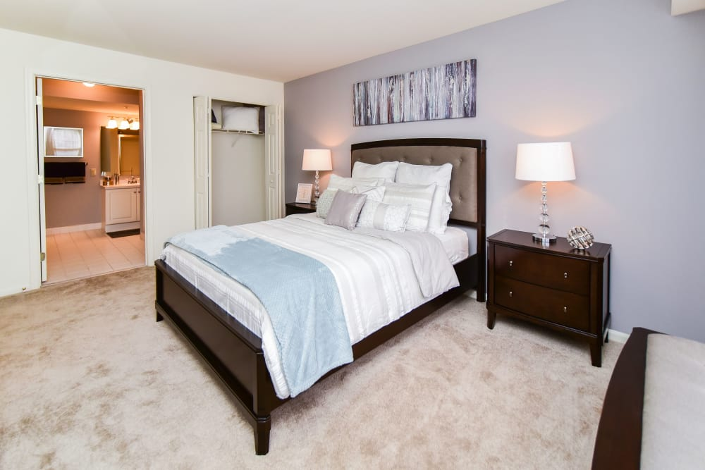 Bedroom at Abrams Run Apartment Homes in King of Prussia, PA