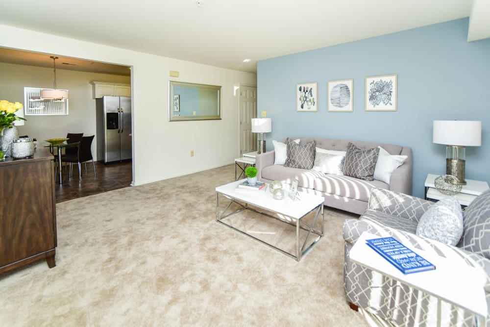 Living room at Abrams Run Apartment Homes in King of Prussia, PA