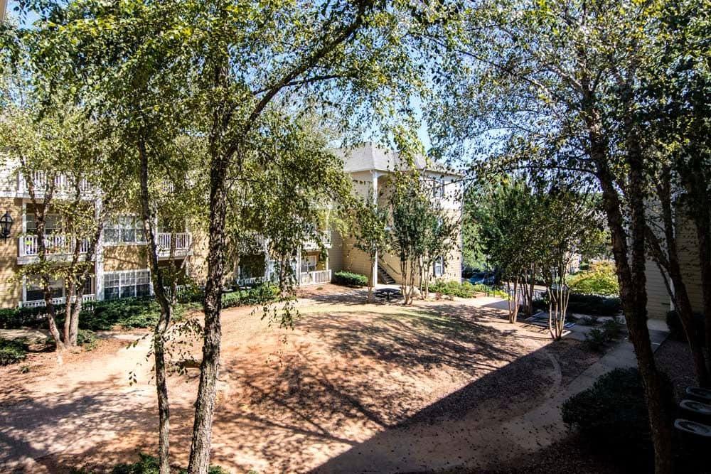 Courtyard at Jefferson at Perimeter Apartments