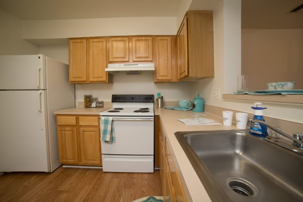 Fully equipped Kitchen room at England Run North Apartments in Fredericksburg, VA