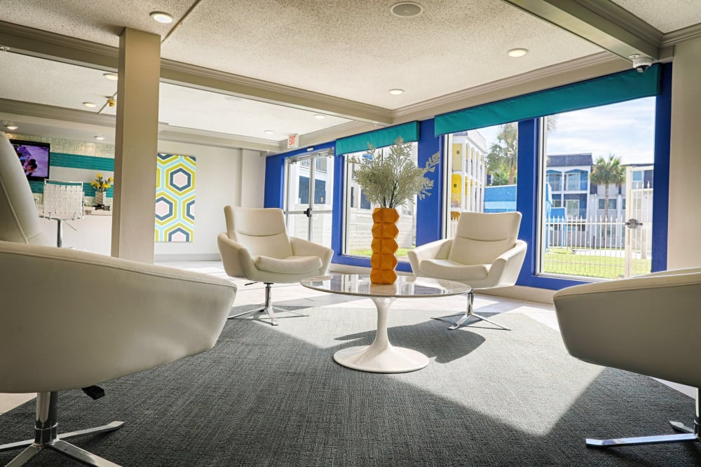 The Sapphire at Nassau Bay Clubhouse Seating in Houston, TX