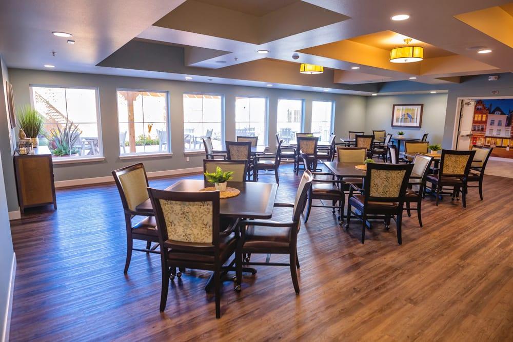 Mukilteo Memory Care dining room