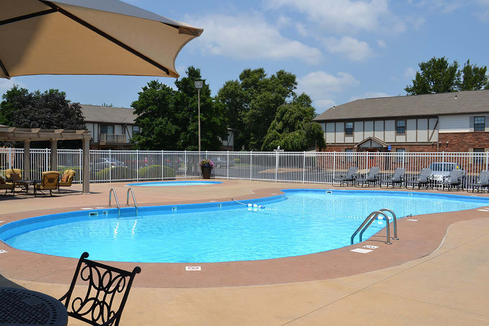 Beautiful swimming pool at Village Green in Evansville, Indiana