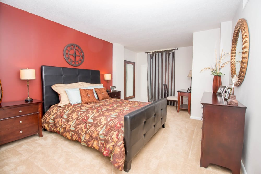 River Park Tower Apartment Homes offers a beautiful bedroom in Newport News, VA