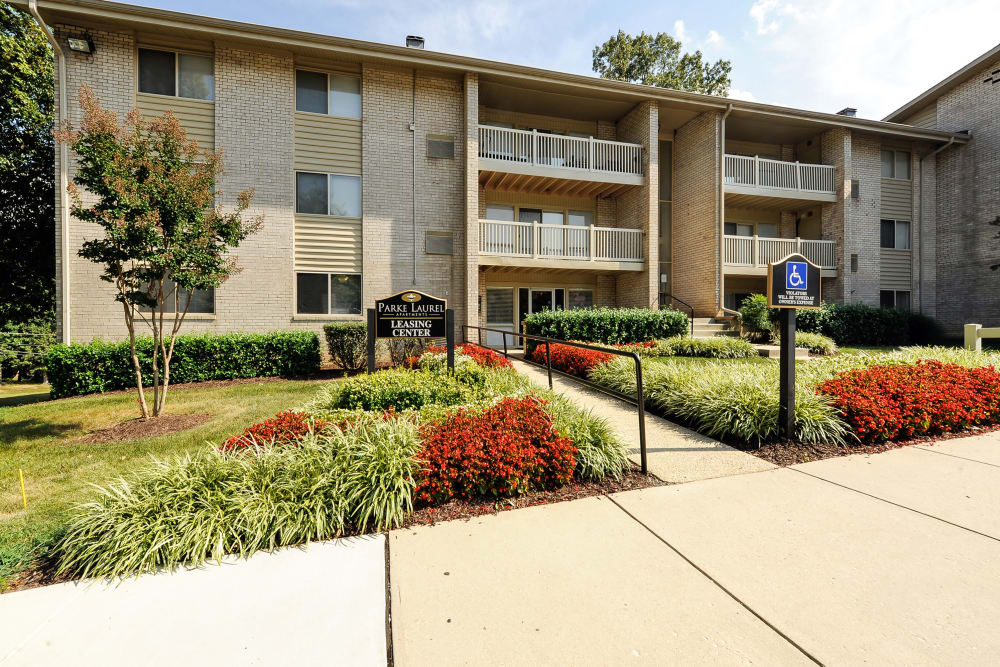 Leasing center at Parke Laurel Apartment Homes in Laurel, MD