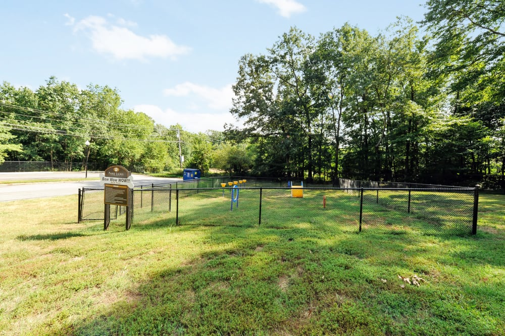 Parke Laurel Apartment Homes offers a dog park in Laurel, MD