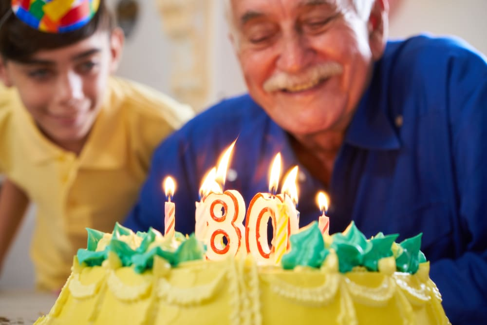 A resident of Comfort Residence celebrates his 80th birthday!