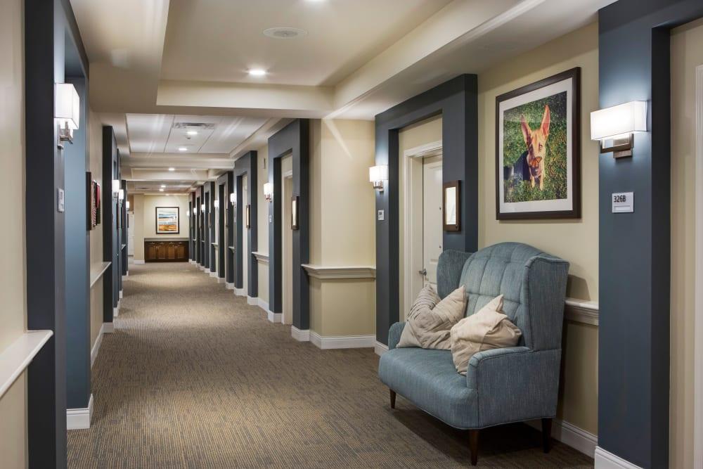 Large hallways at Stonecrest at Burlington Creek in Kansas City