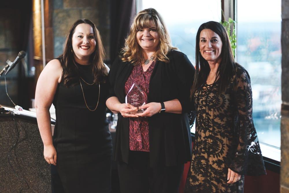 Jill Tucker accepting award