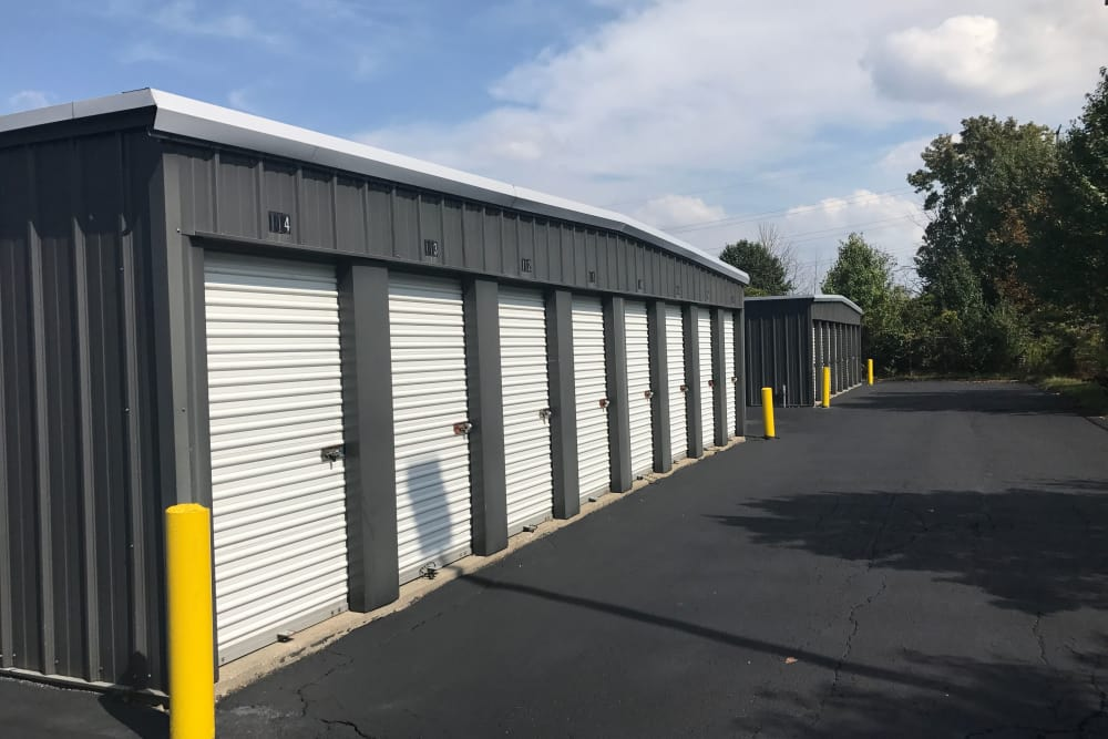 Exterior view of self storage units at Green Meadows Self Storage in Lewis Center, OH