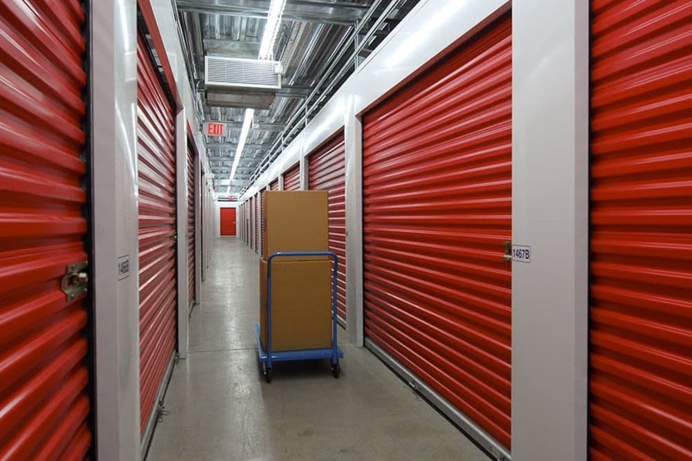 U-Lock Mini Storage in Burnaby, British Columbia offers indoor units