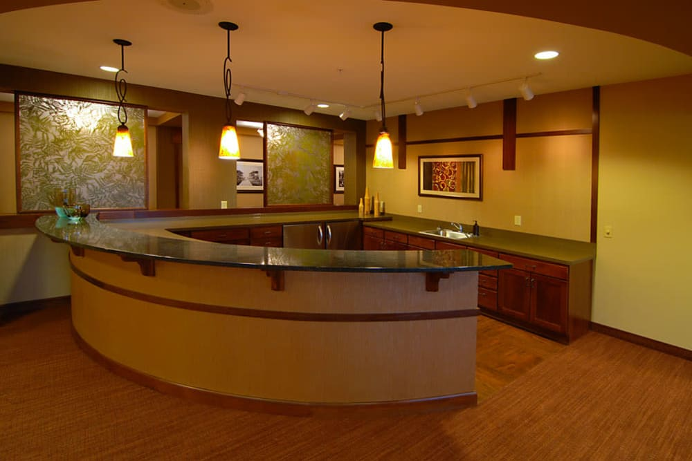 A swanky bar at The Glenn Minnetonka