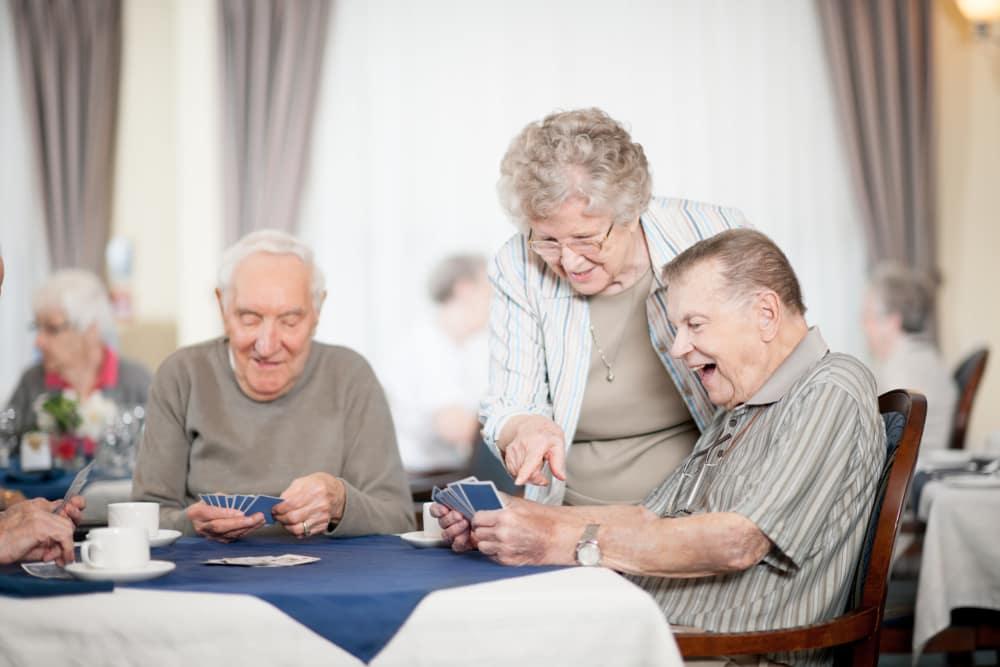 Oakleaf Senior Living provides assisted living services.