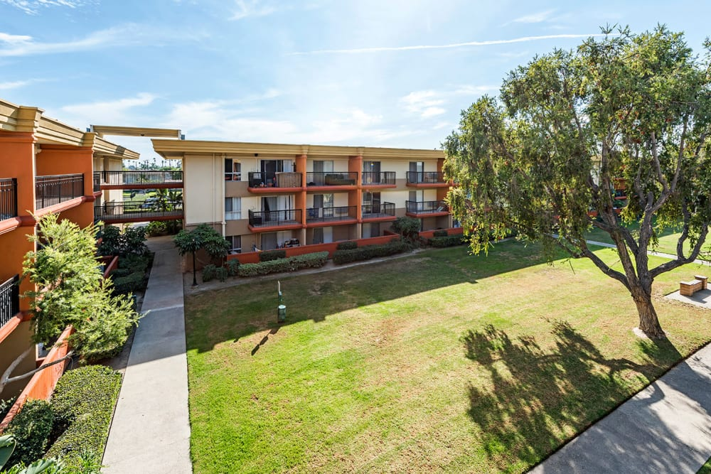Crystal View Apartments In Garden Grove California